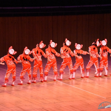 Liuyi Dance & Borong Dance & Shanghai Chunyalinyun Art Training Center-PR China